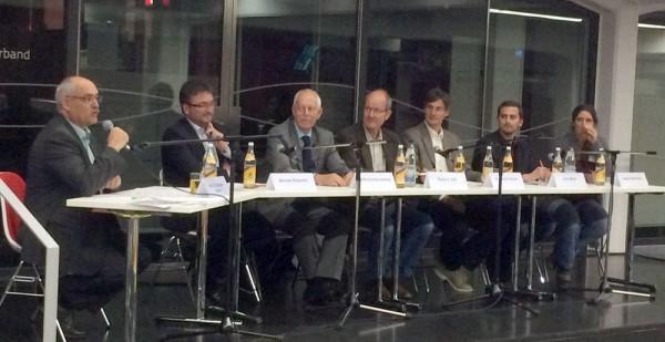 Moderator Prof. Dr. Bastian Kaiser, Podiumsgäste OB Michael Bulander, Wilfried Kannenberg, Klaus Gall, Dr. Bernd Görlach, Jens Mück, Sabine Mall-Eder (v.l.n.r.)